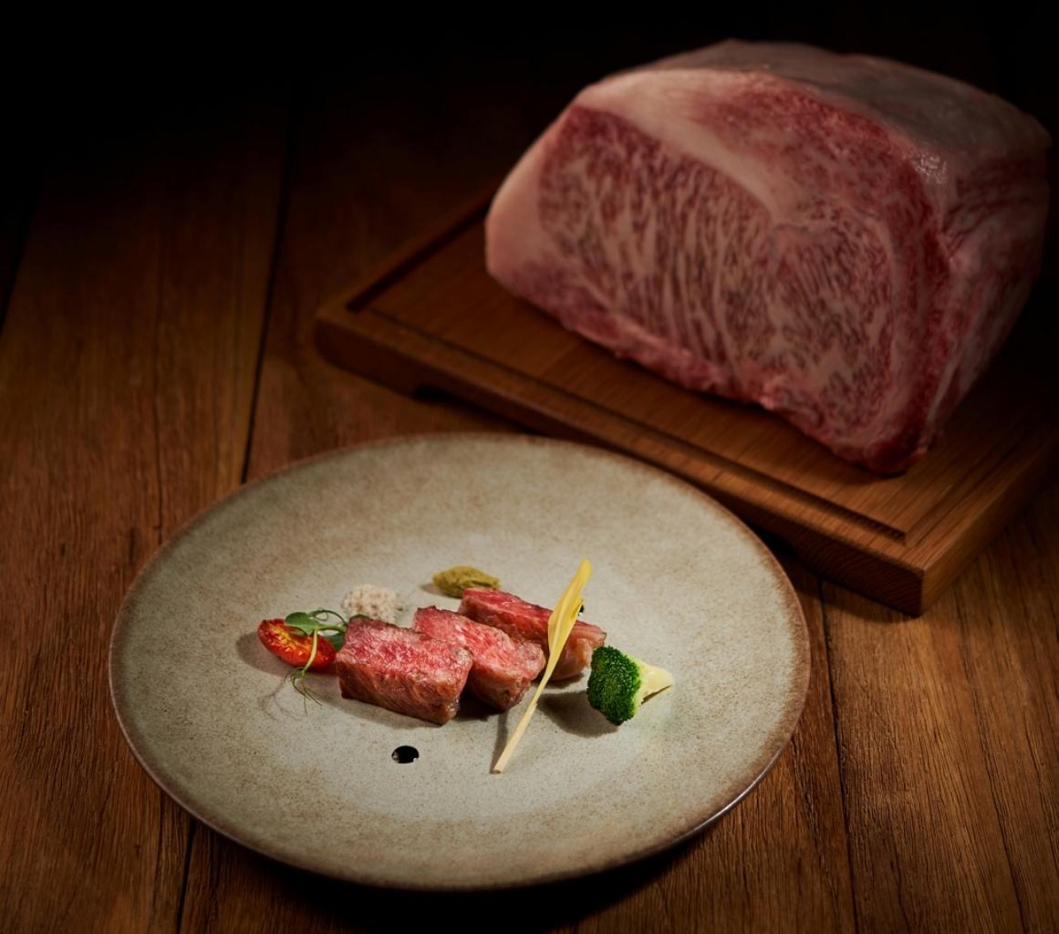 台北美福大飯店彩匯自助餐廳香煎極上a5日本和牛