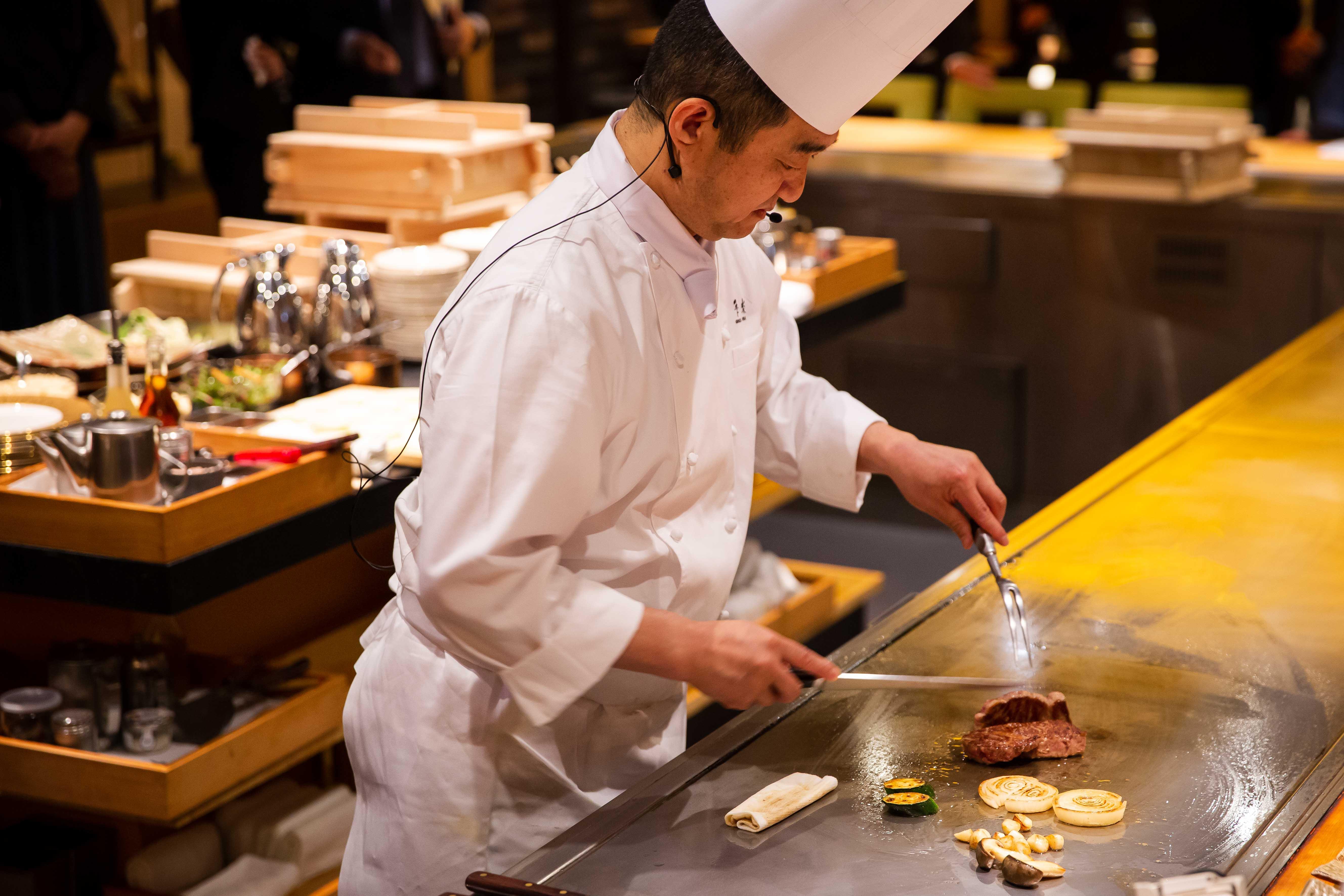 台北美福大飯店 佐賀和牛宴記者會 鐵板套餐主菜 下山昭男總料理長 料理示範2