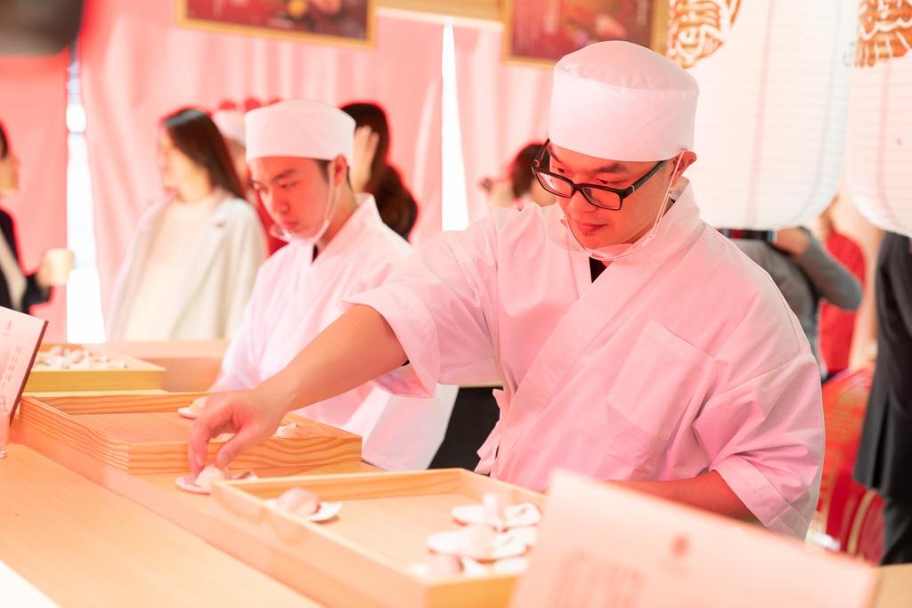 日本開運魚快閃料亭的壽司由台北喜來登大飯店桃山餐廳製作