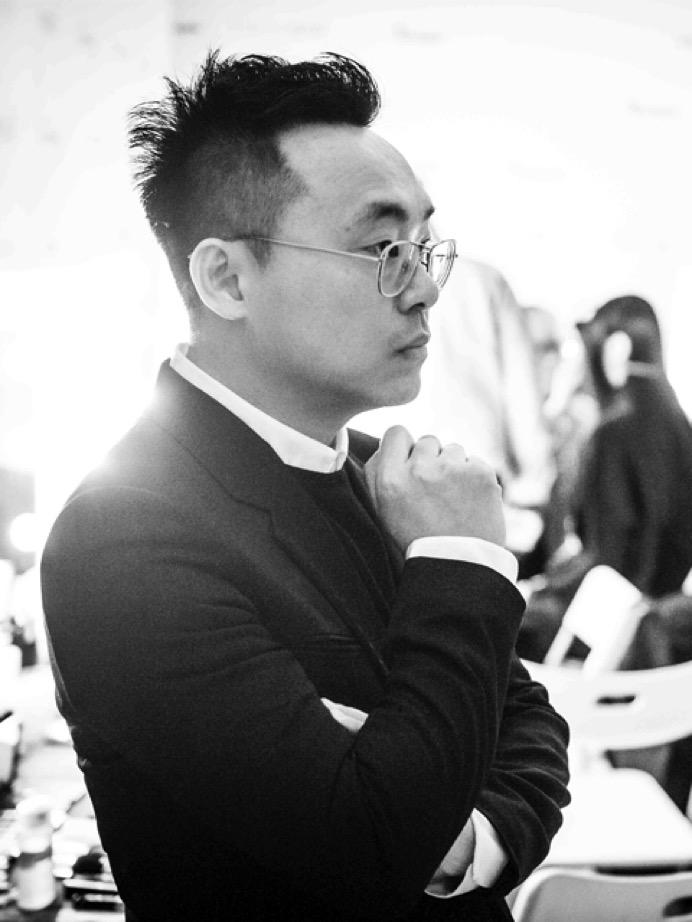 鄒游設計師照片