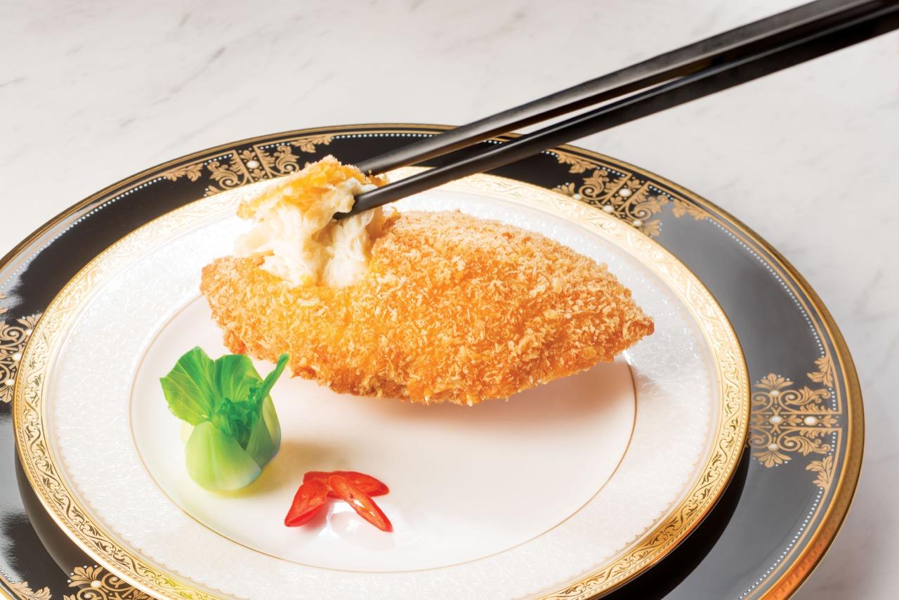 Tang Court Restaurant Hong Kong Cantonese Cuisine Crab Shell