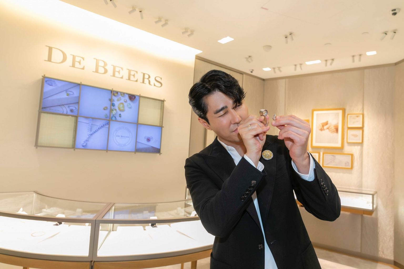 韓國歐巴車勝元出席de Beers活動
