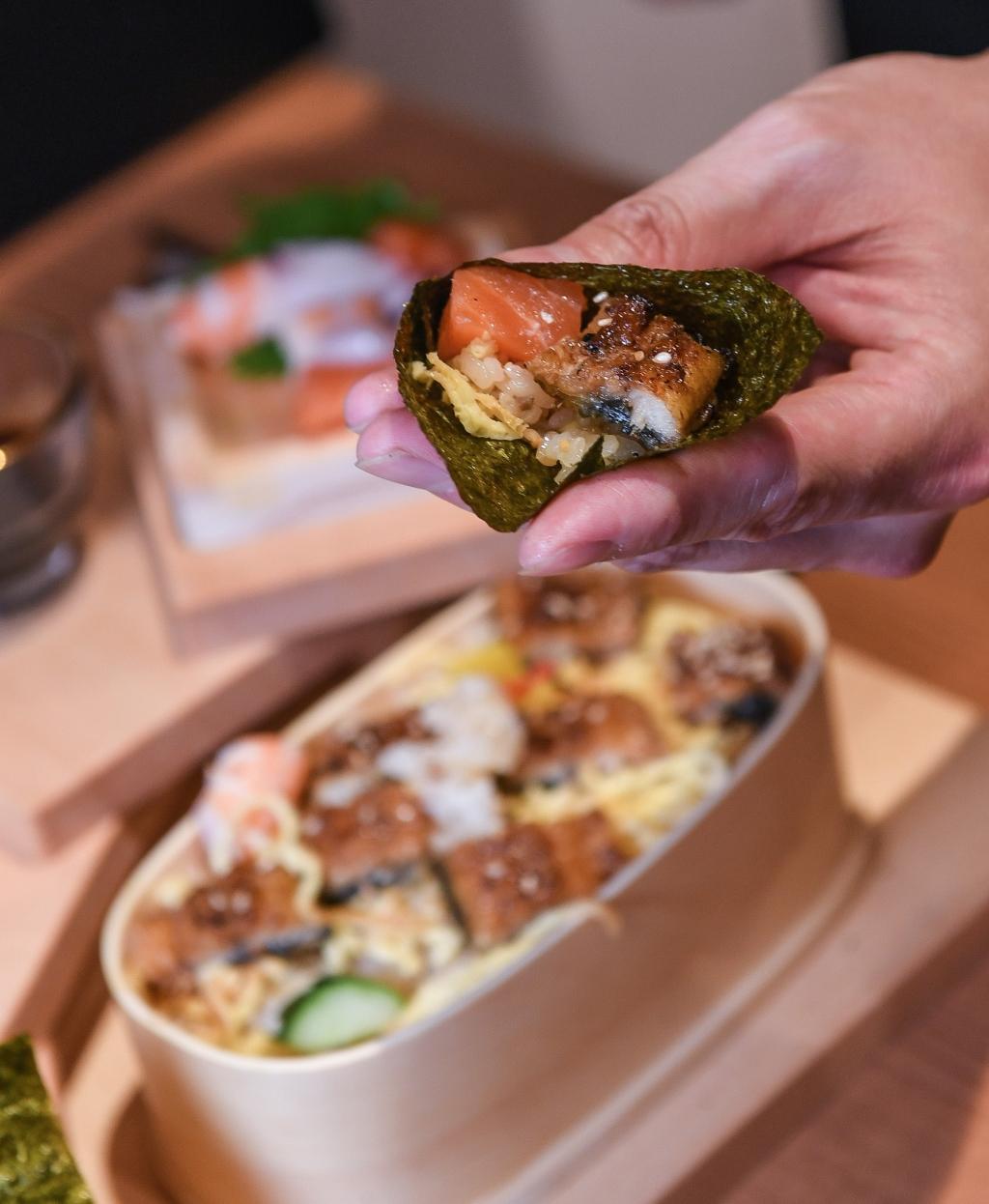 鰻魚散壽司御