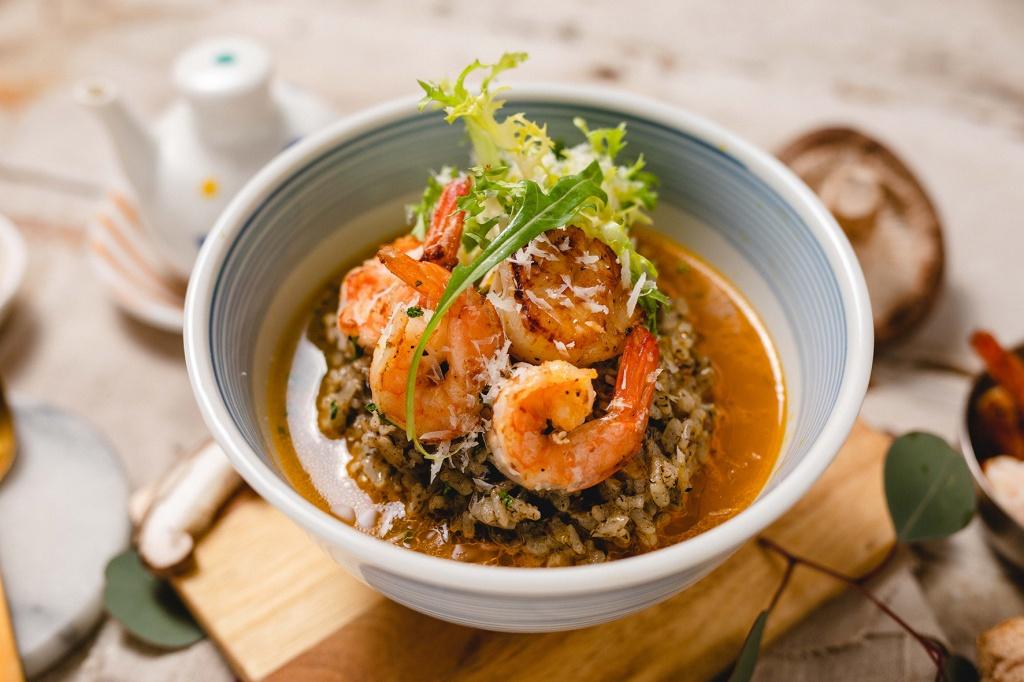 黑鑽松露海鮮湯丼飯