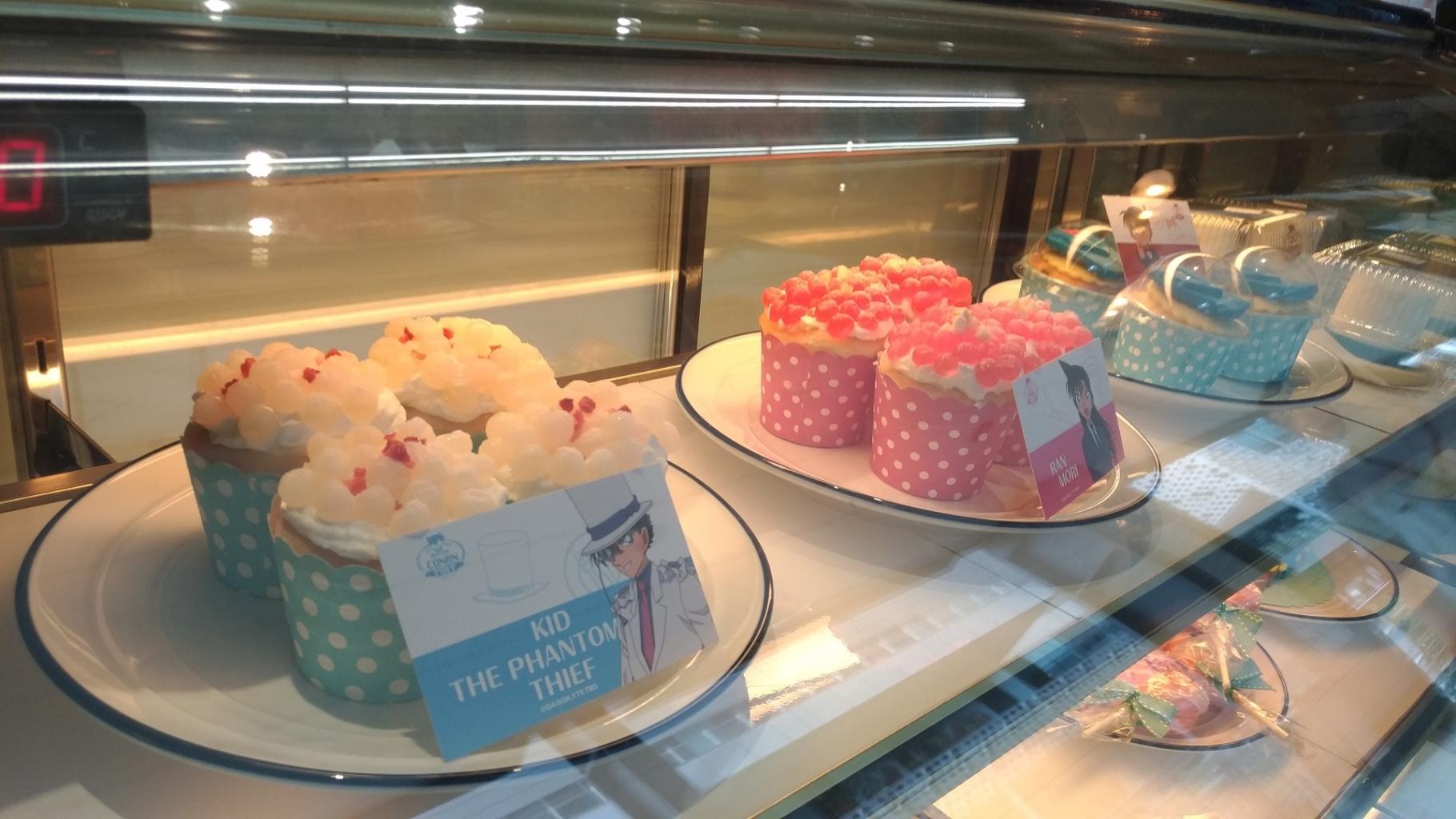 Detective Conan Café Taiwa甜點櫃jpg