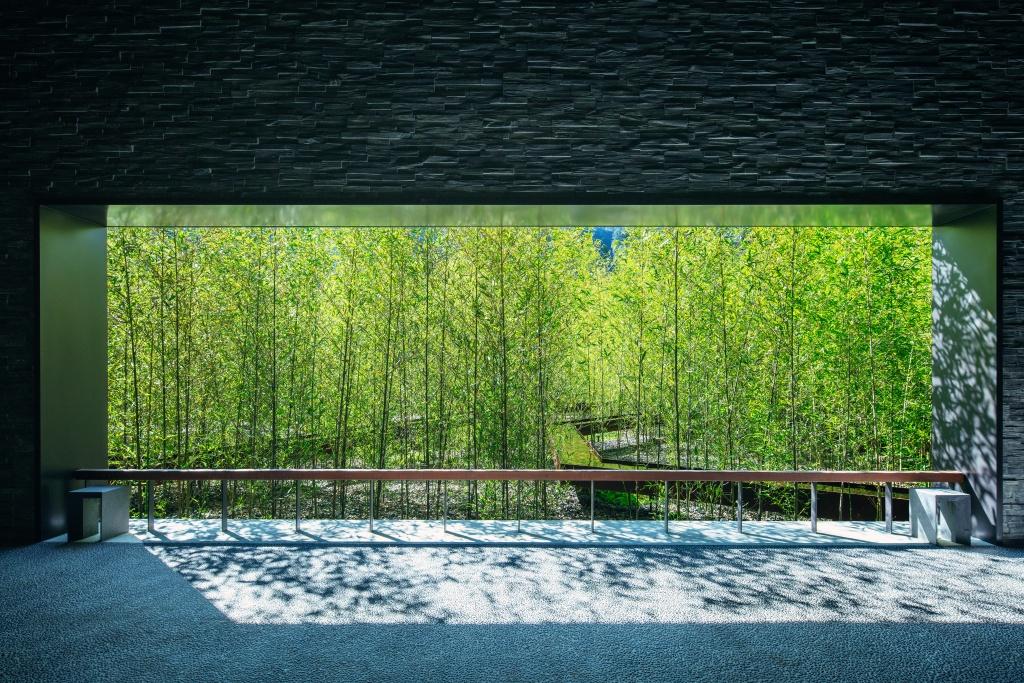 Hoshinoya Guguan Bamboo Walkway 3