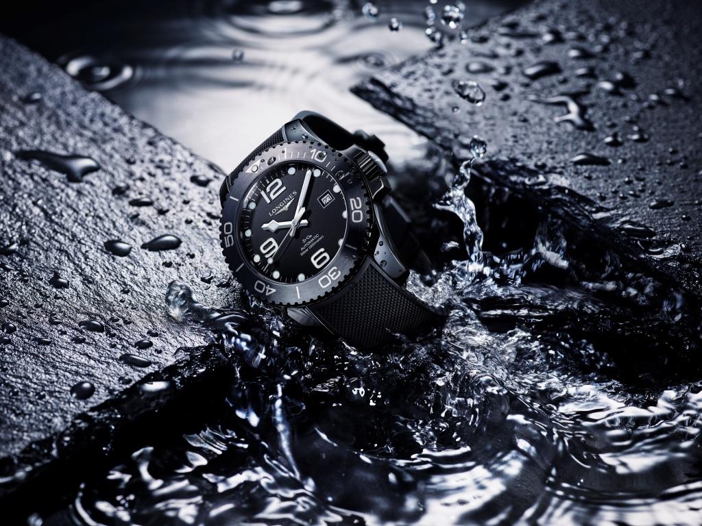 Longines浪琴表hydroconquest深海征服者系列消光黑全陶瓷腕錶