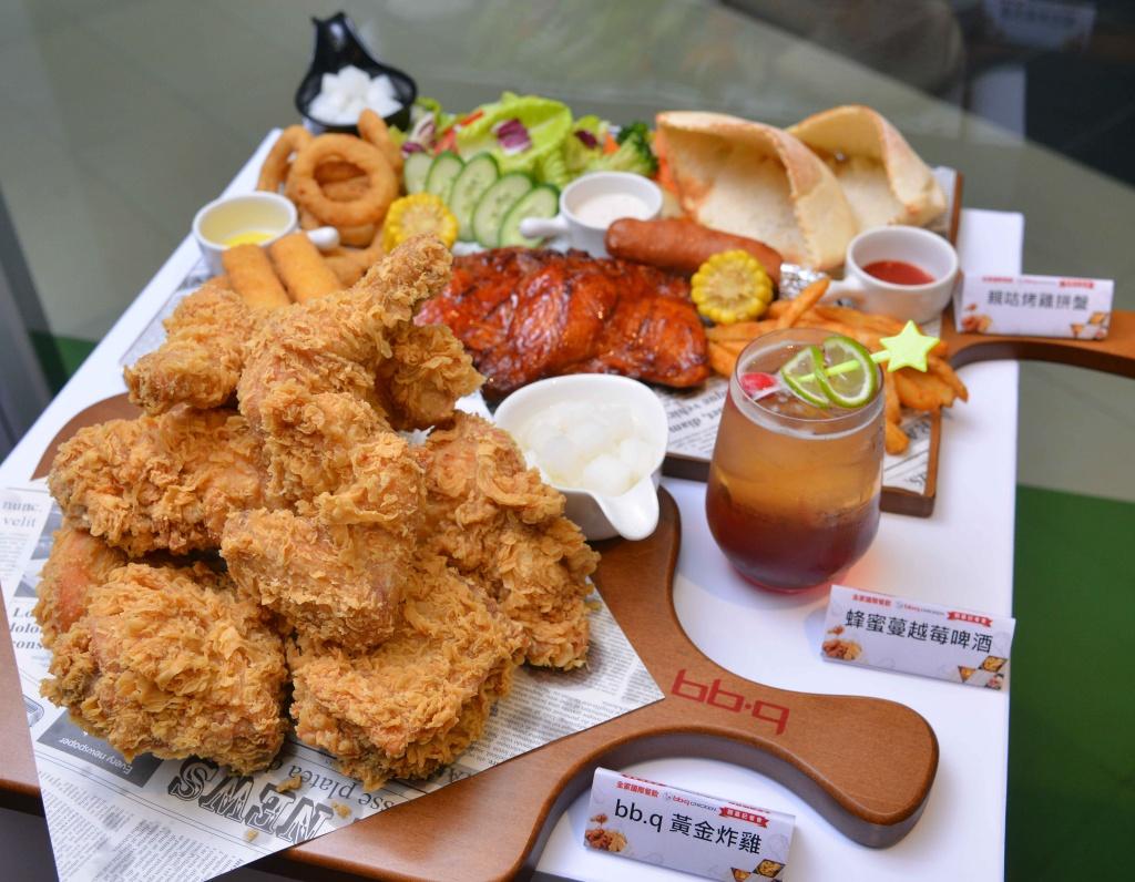 Bb.q Chicken旗艦餐廳推出三款微醺系餐酒組合